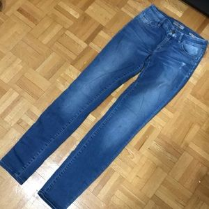 Jeans from Guess. Very good condition. Size 25